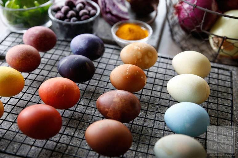 Как покрасить яйца на пасху (15) оригинальных идей