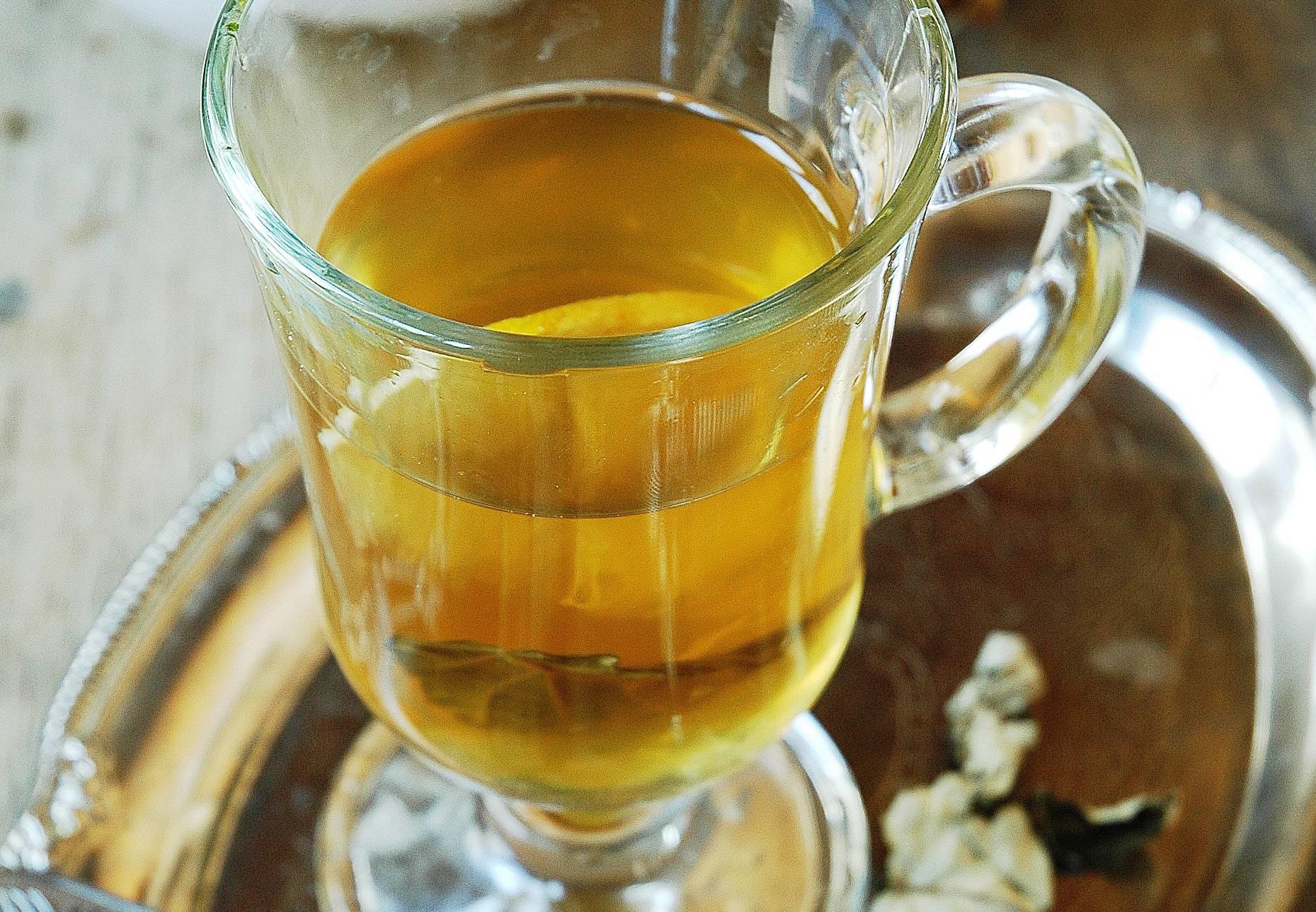 Польза черного чая с персиком