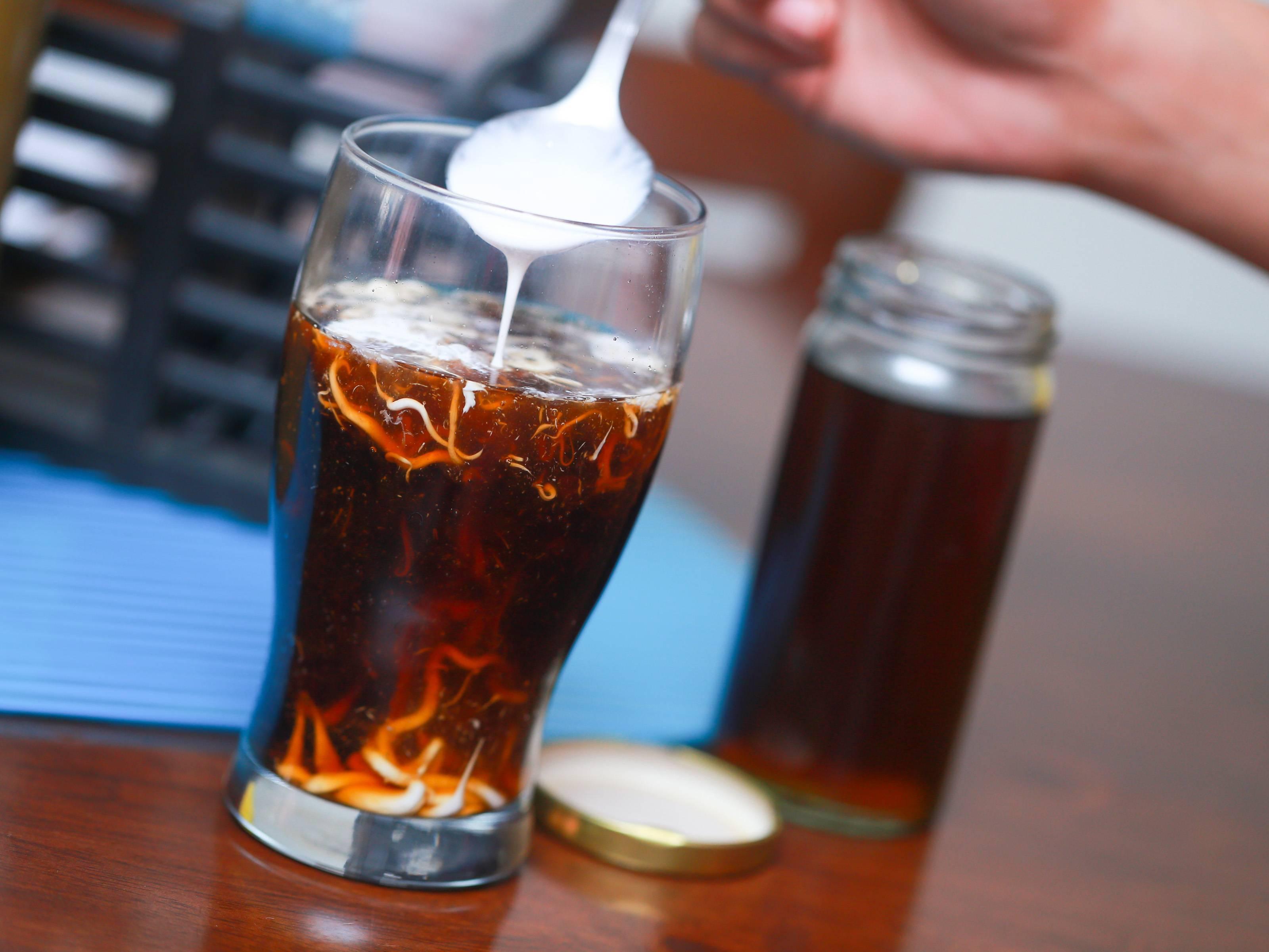 Коктейль энергетик кола и кофе. рецепт за 3 минуты