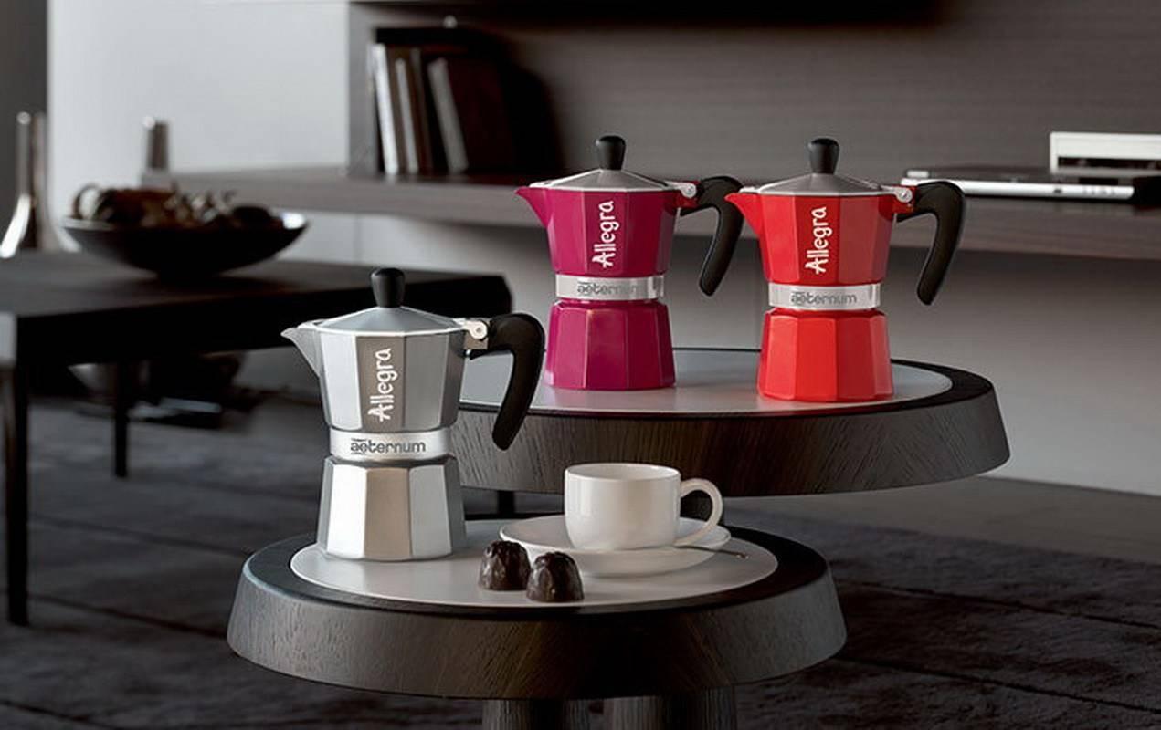 12 лучших гейзерных кофеварок - рейтинг 2021 года (топ на январь)