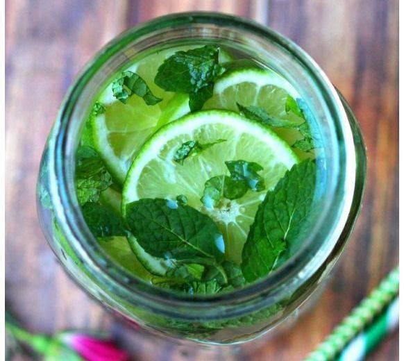 Чай с мелиссой – польза и вред, 9 уникальных рецептов чая