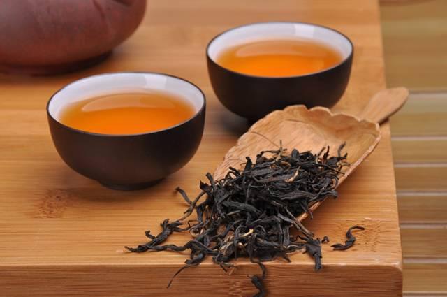 Курение чая: последствия для организма человека