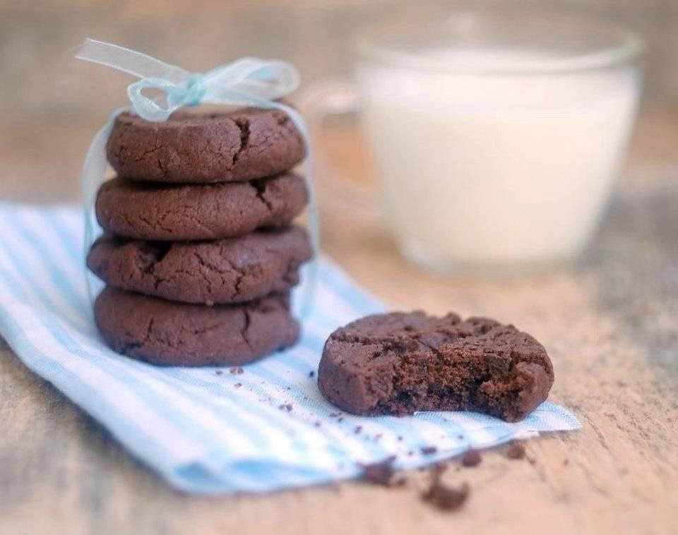 Песочное печенье с какао - 18 пошаговых фото в рецепте