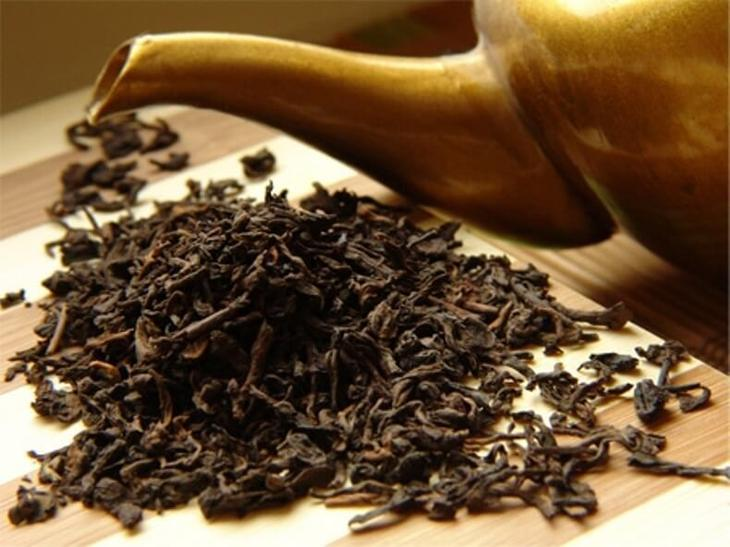 Неожиданные свойства спитого чая, или как применить использованную заварку