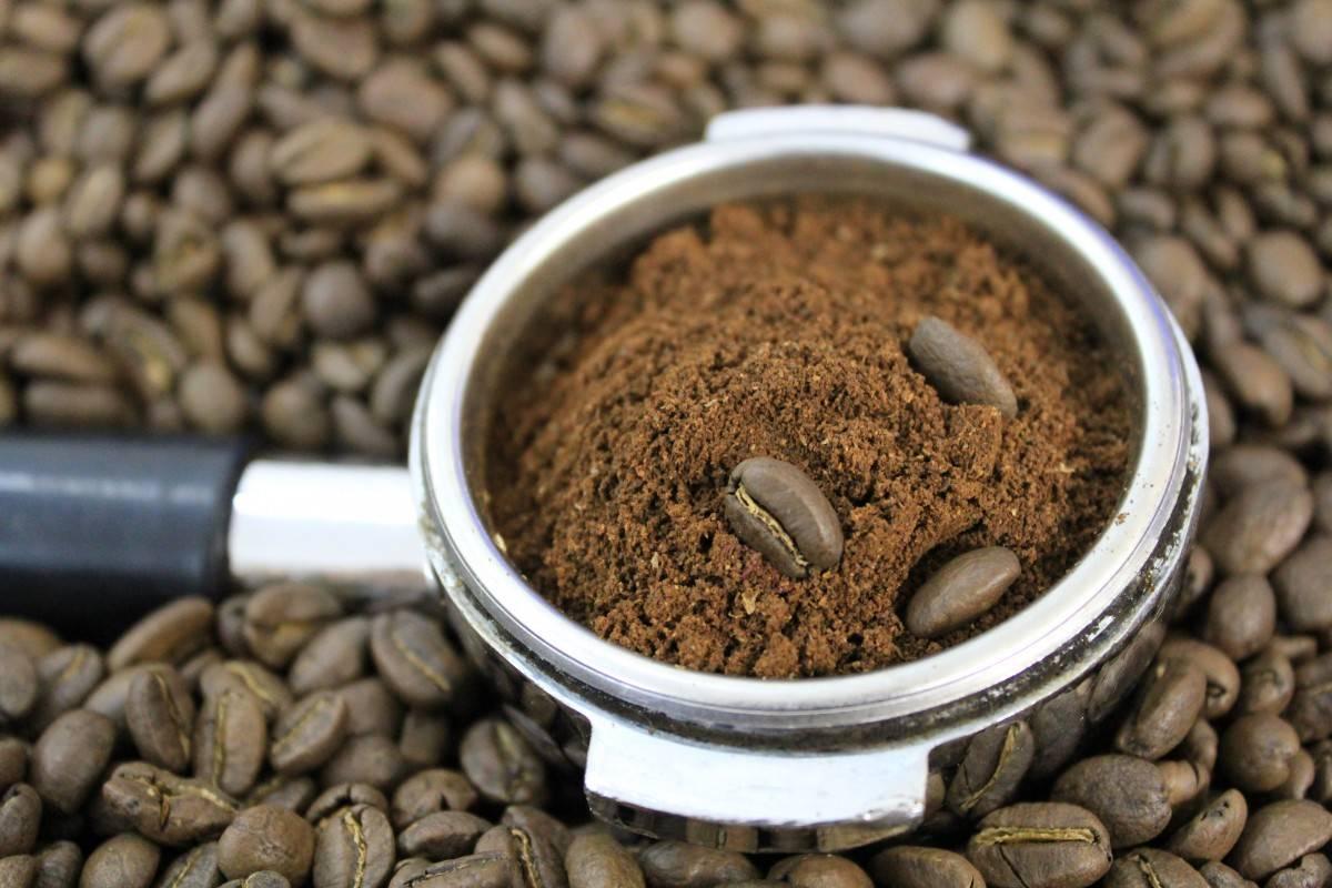 Кофе без кофеина: как напиток очищают от кофеина и как способ производства влияет на организм | vogue russia