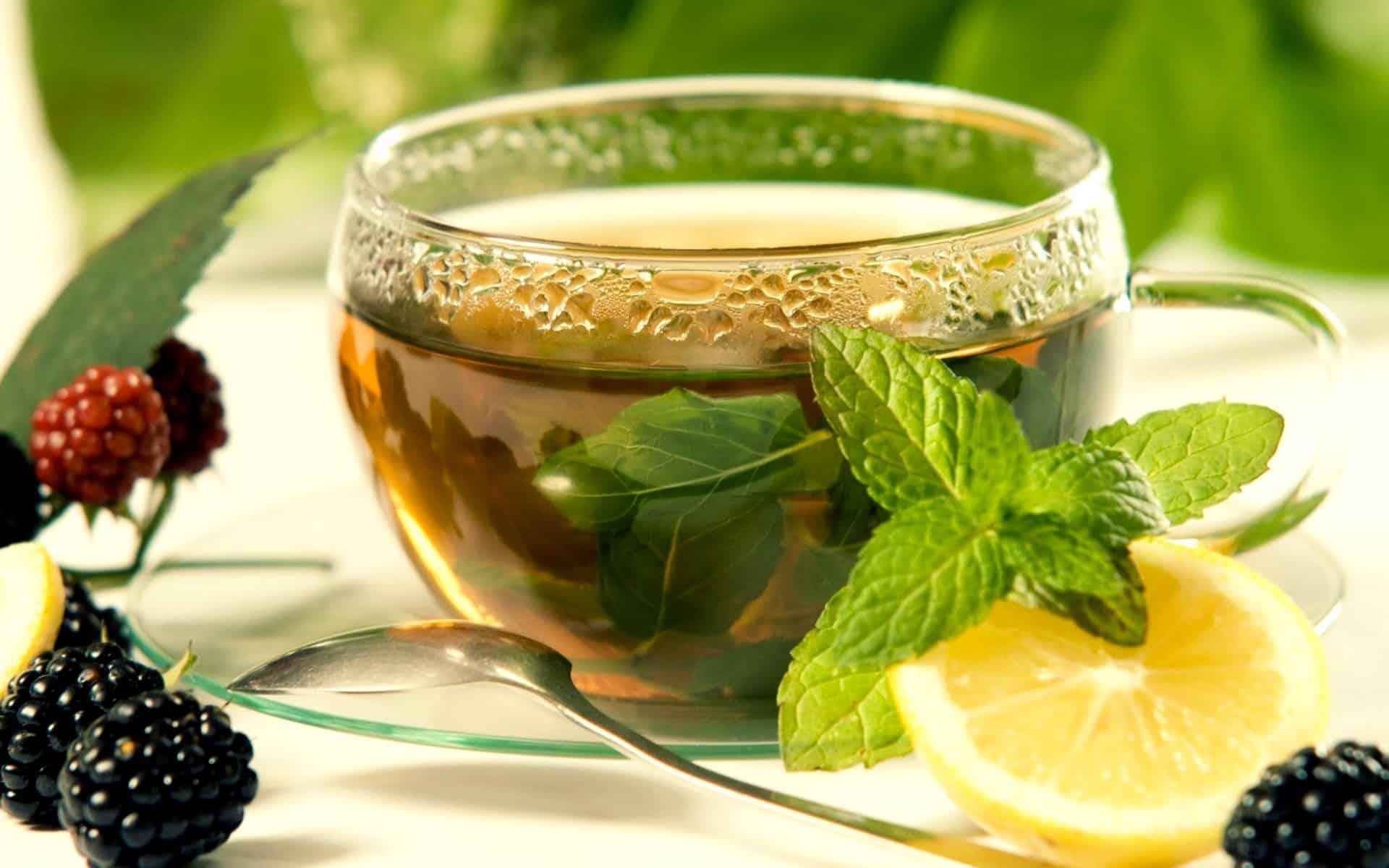 Как заварить чай с мелиссой