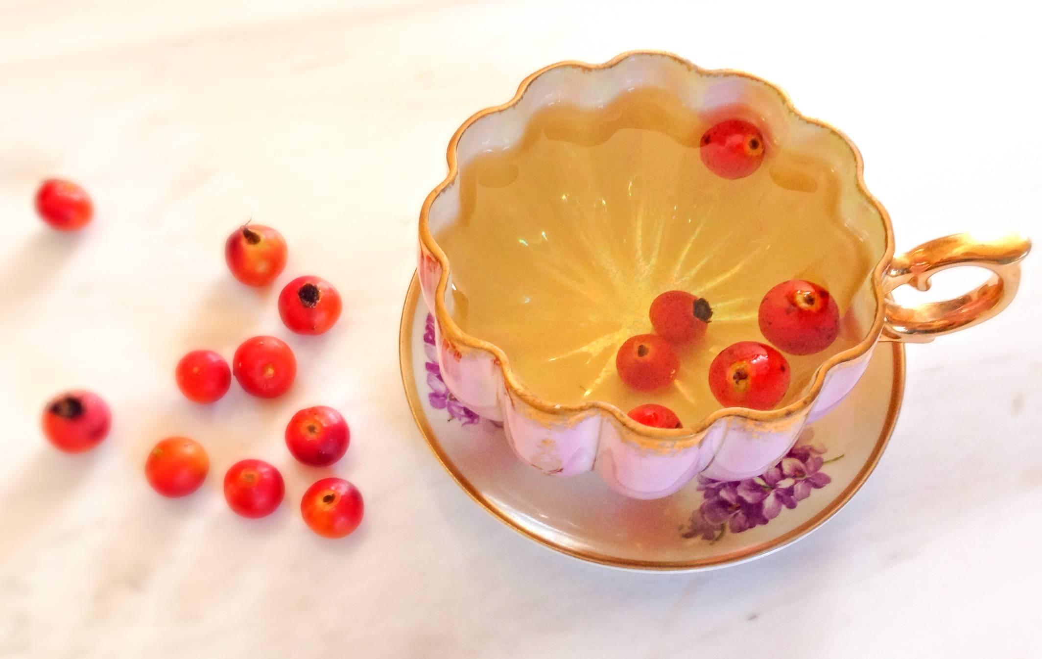 Чай из плодов, цветов шиповника: польза и вред, рецепт, как правильно заваривать