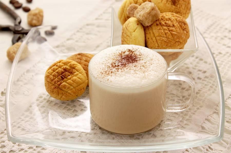 Кофе с молоком: вред или польза, все о полезных свойствах этого напитка