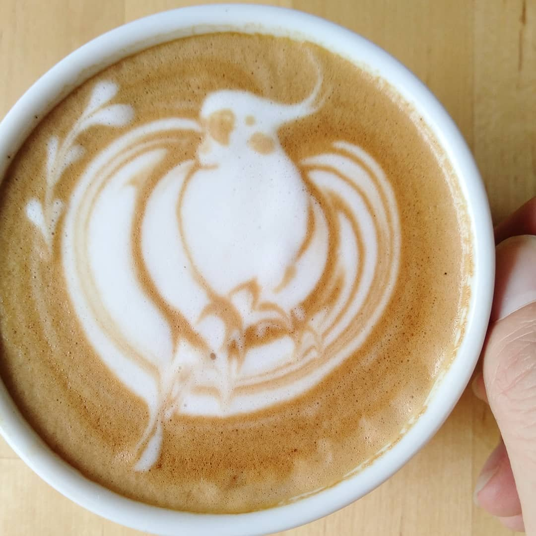 Латте-арт: как рисовать на кофе (рисунки на пенке)