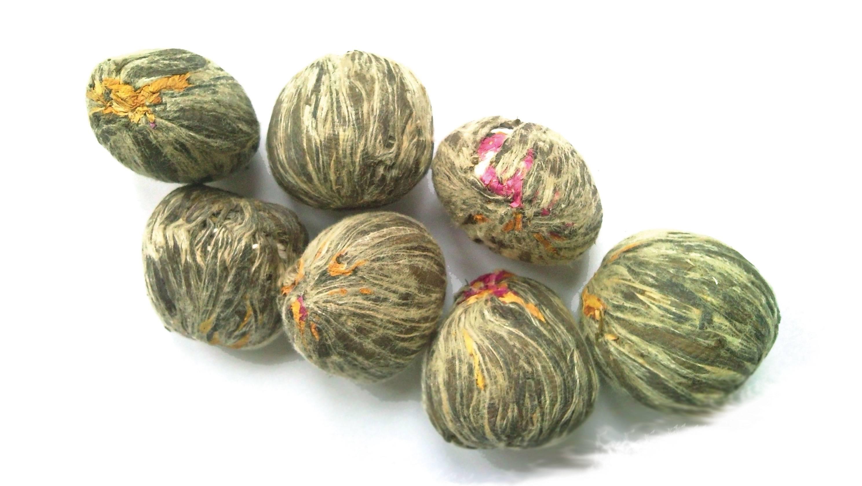 Цветочные связанные чаи
