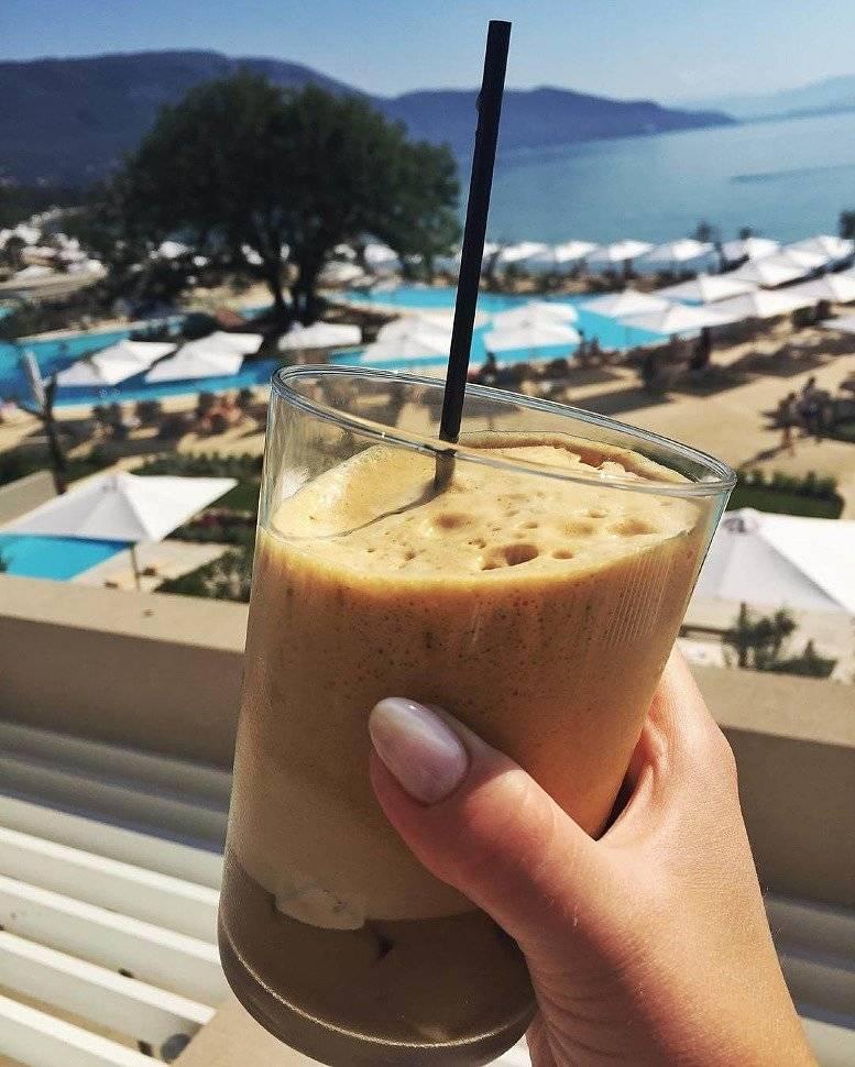 Кофе со льдом как называется в греции