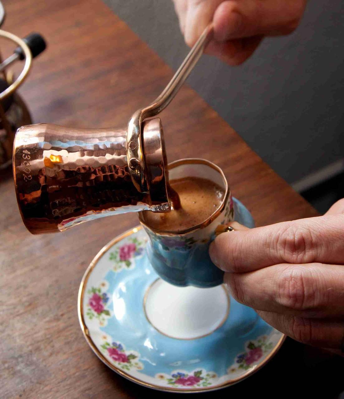 Турка для кофе: как выбрать правильно, какая лучше - медная или латунная, электрическая или для плиты и другие варианты + отзывы, фото и видео