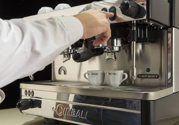 Мобильная кофейня на колесах как бизнес: план, документы, отзывы владельцев