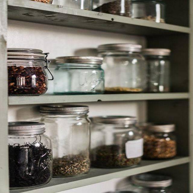 Какая банка для чая подходит для хранения дома: выбор материала и крышка