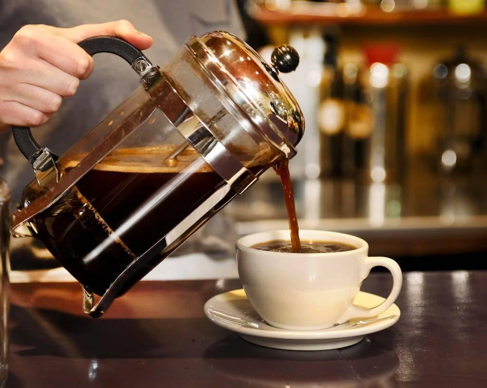 Как правильно заварить молотый кофе. как приготовить молотый кофе в турке, чашке или кофемашине. правила приготовления и лучшие рецепты. можно ли сварить кофе без турки