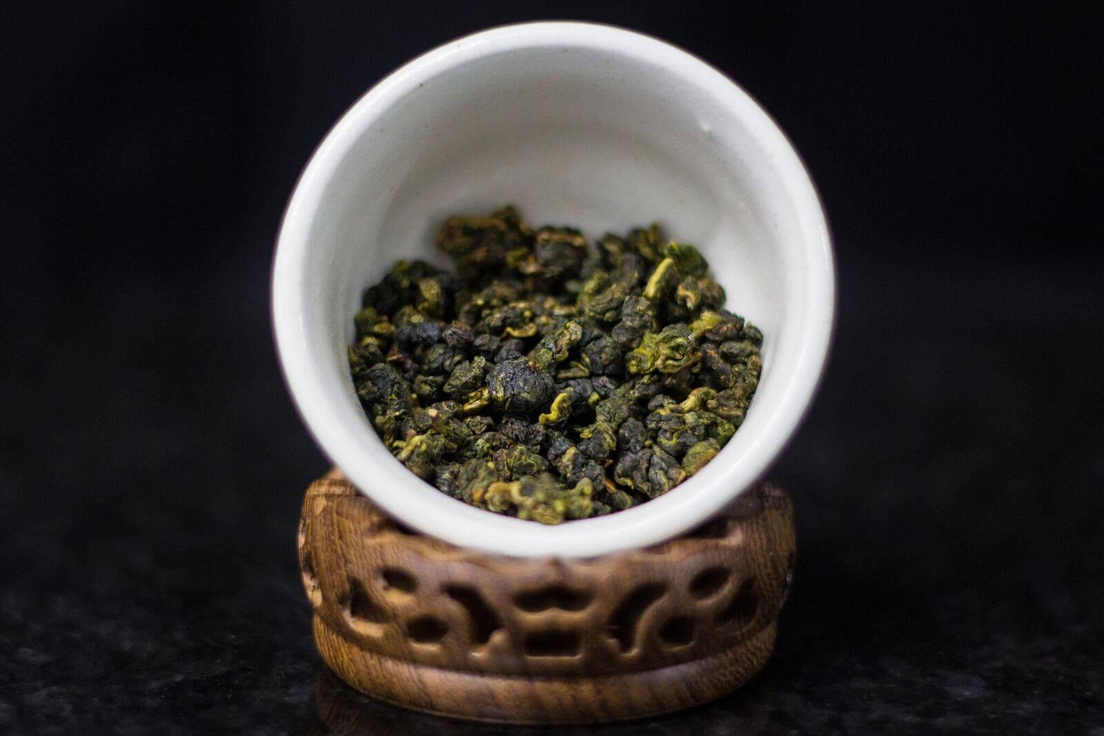 Тигуанинь чай: польза и правила заваривания