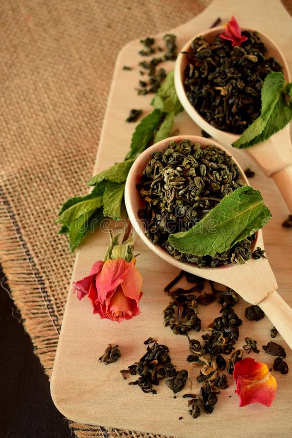 Рецепты из мяты в домашних условиях: чарующий аромат