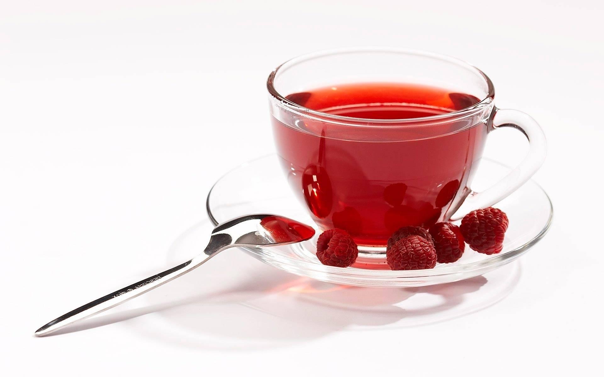 Чай с малиной при простуде и гриппе - рецепты и показания