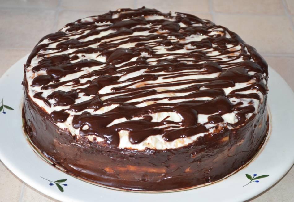 Шоколадная глазурь из какао для торта и кулича