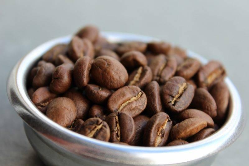 Лучшие сорта кофе в зернах на 2021 год с достоинствами и недостатками