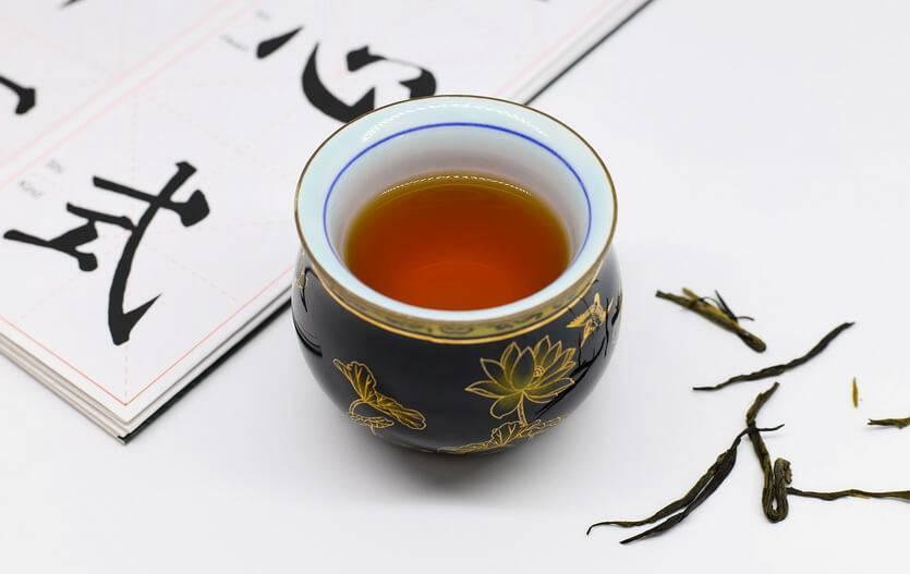 Чай кудин — польза и вред, советы врачей и противопоказания ☕