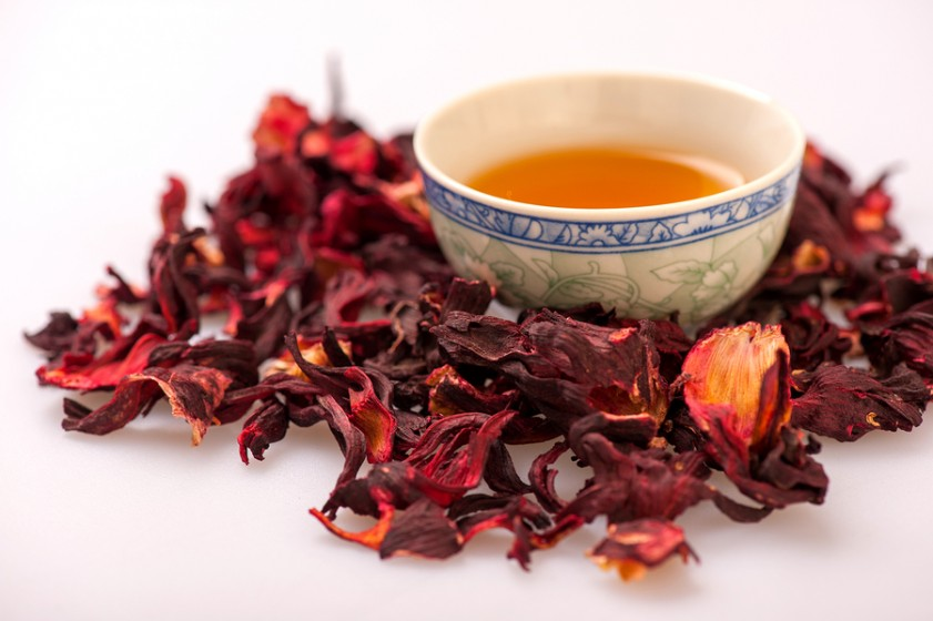Чай каркаде — польза и вред. состав, противопоказания, отзывы. как правильно заваривать и пить