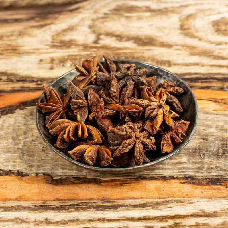 Полезные свойства бадьяна (аниса) для здоровья