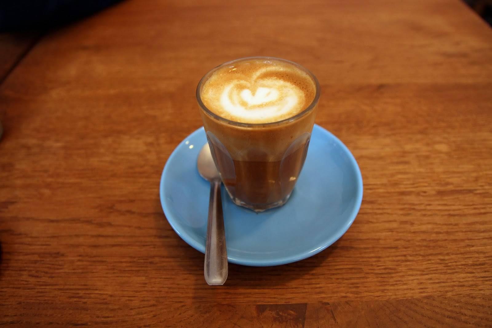 Правила приготовления и особенности употребления кофе макиато