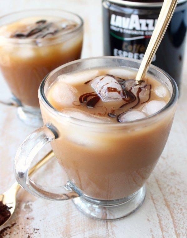 Кофе с мороженым - самые вкусные рецепты горячих и холодных напитков