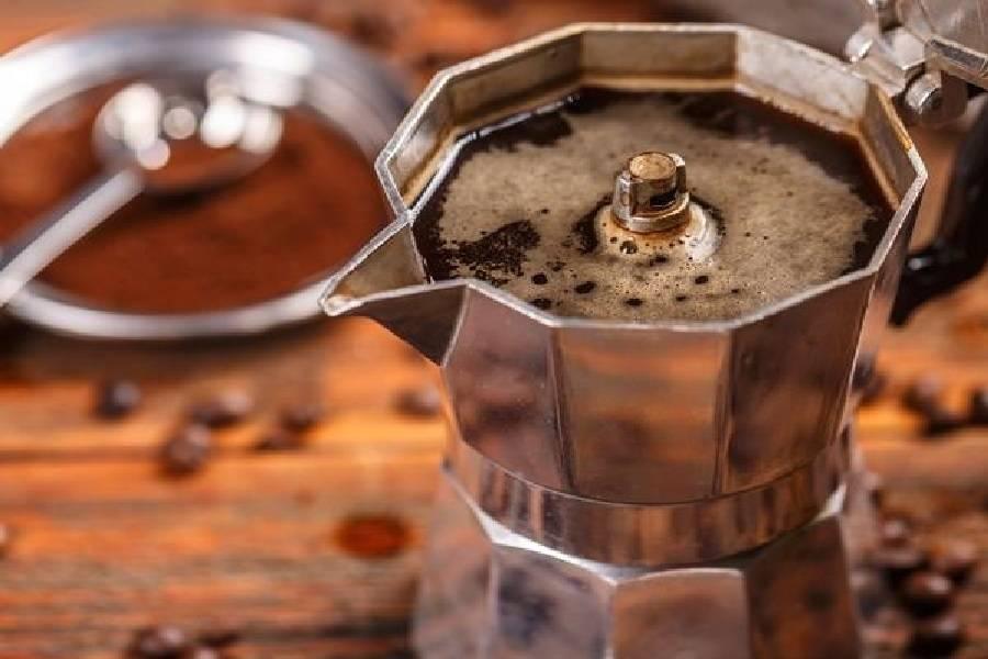Кофе в гейзерной кофеварке