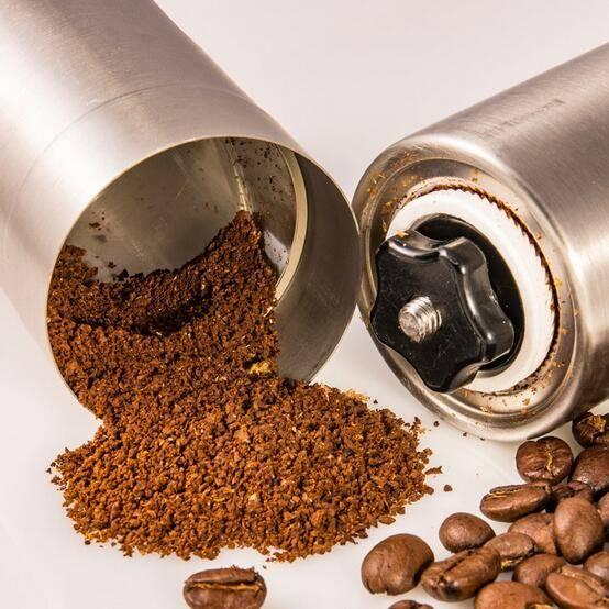Можно ли молоть кофе в блендере: использование вместо кофемолки