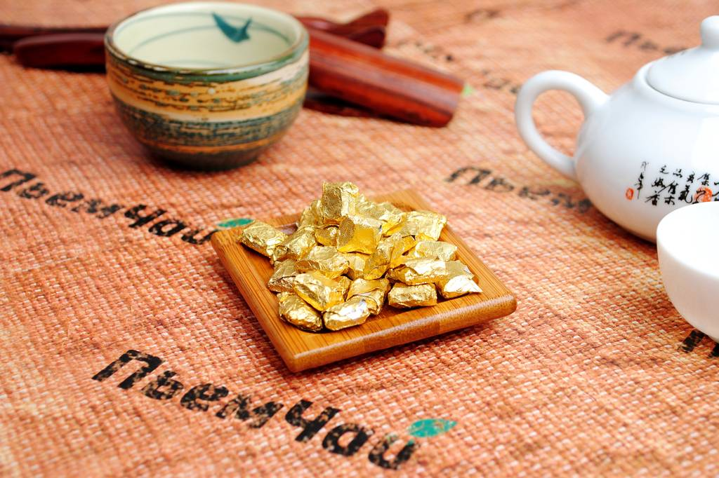 Чай пуэр - полезные свойства и противопоказания, как заваривать