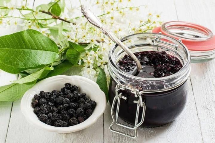 Чай из листьев черники — польза и вред
