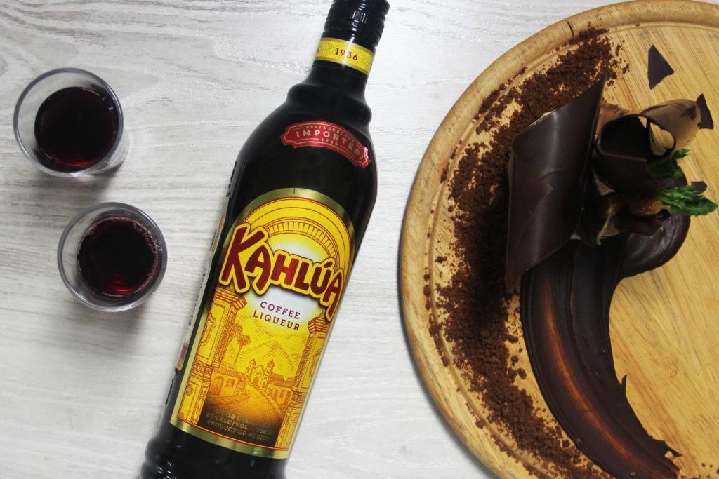 Описание кофейного ликера Калуа, приготовление в домашних условиях и коктейли