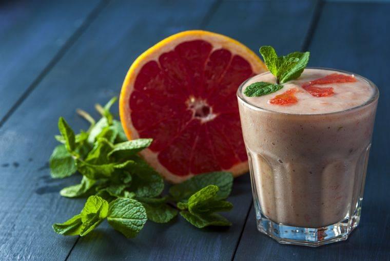 Смузи для похудения в блендере: рецепты с фото, советы диетолога