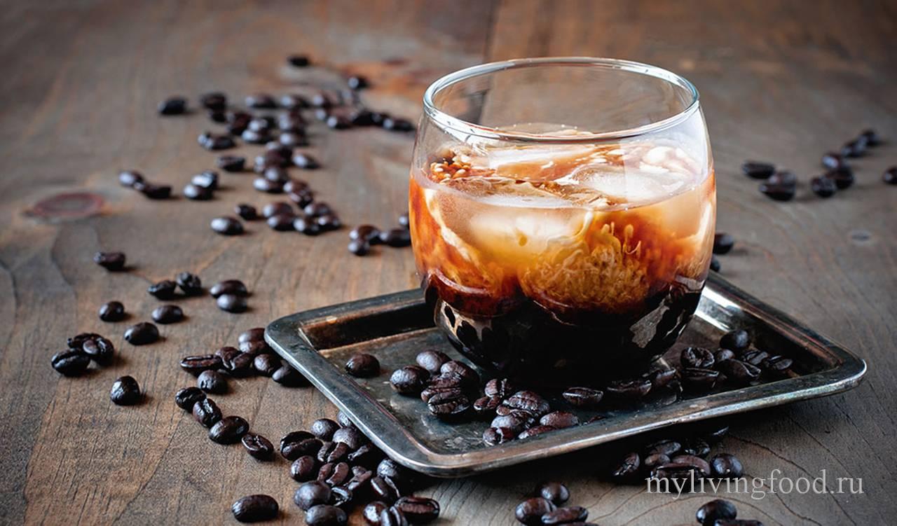 Коктейль энергетик кола и кофе