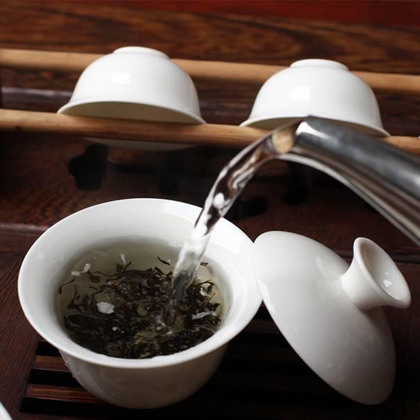 Как промыть глаза чаем