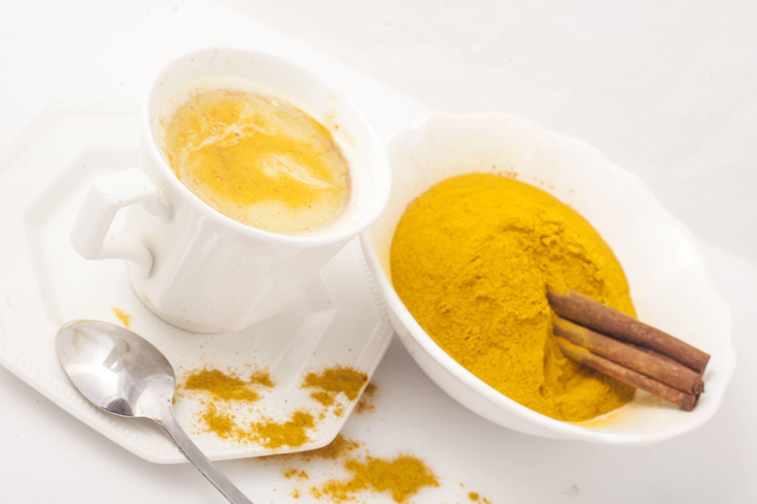 Необычное сочетание кофе и куркумы, рецепты напитка