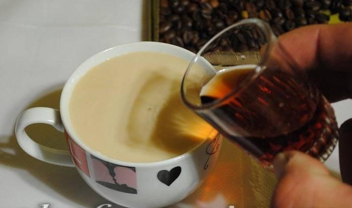 Кофе с коньяком: рецепт, польза, как приготовить