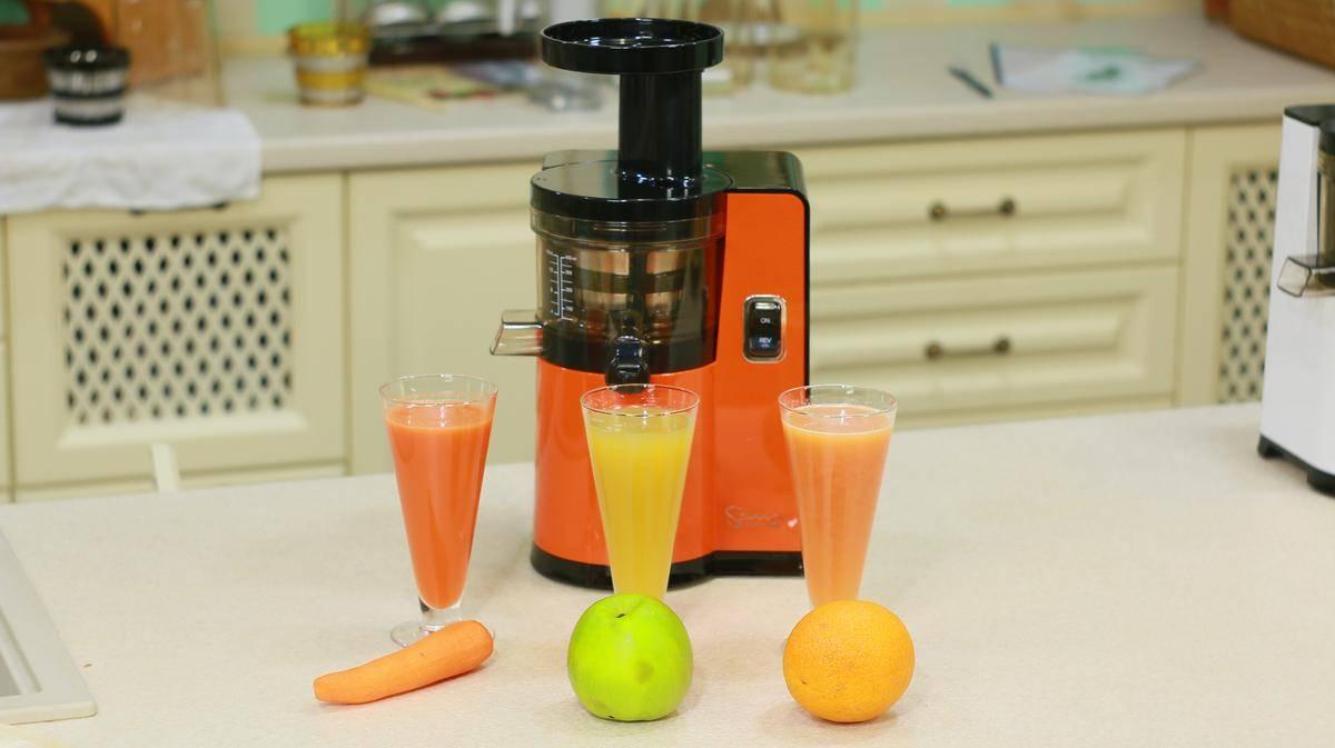 Как приготовить очень вкусный и полезный морковный сок на зиму в домашних условиях