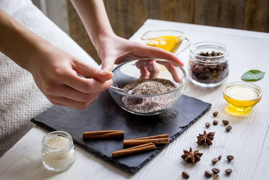 Кофе с кокосовым, молоком, маслом и сливками