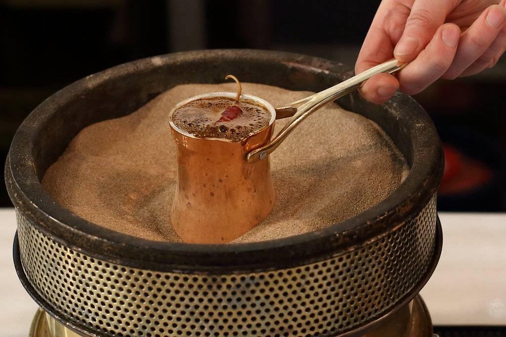 Кофе по турецки в турке: как варить напиток самостоятельно