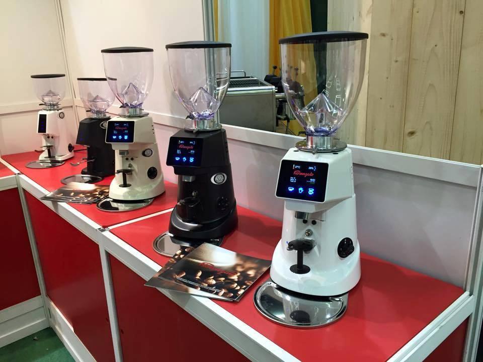 Профессиональная кофемолка: особенности, рейтинг лучших моделей