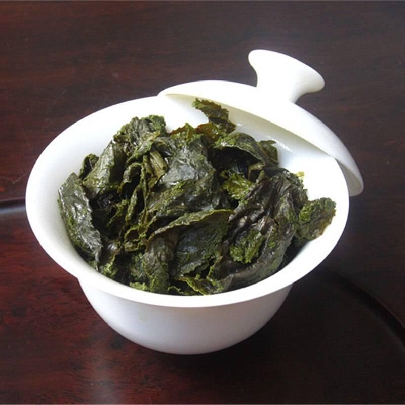 С чем полезнее всего пить женьшень, как заварить чай чтобы не испортить, кому вообще не стоит пить женьшеневый напиток