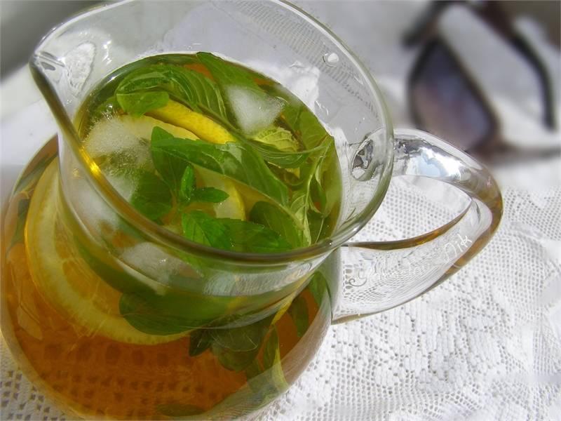 Чай с лимоном – всё ли мы знаем о пользе и вреде привычного напитка