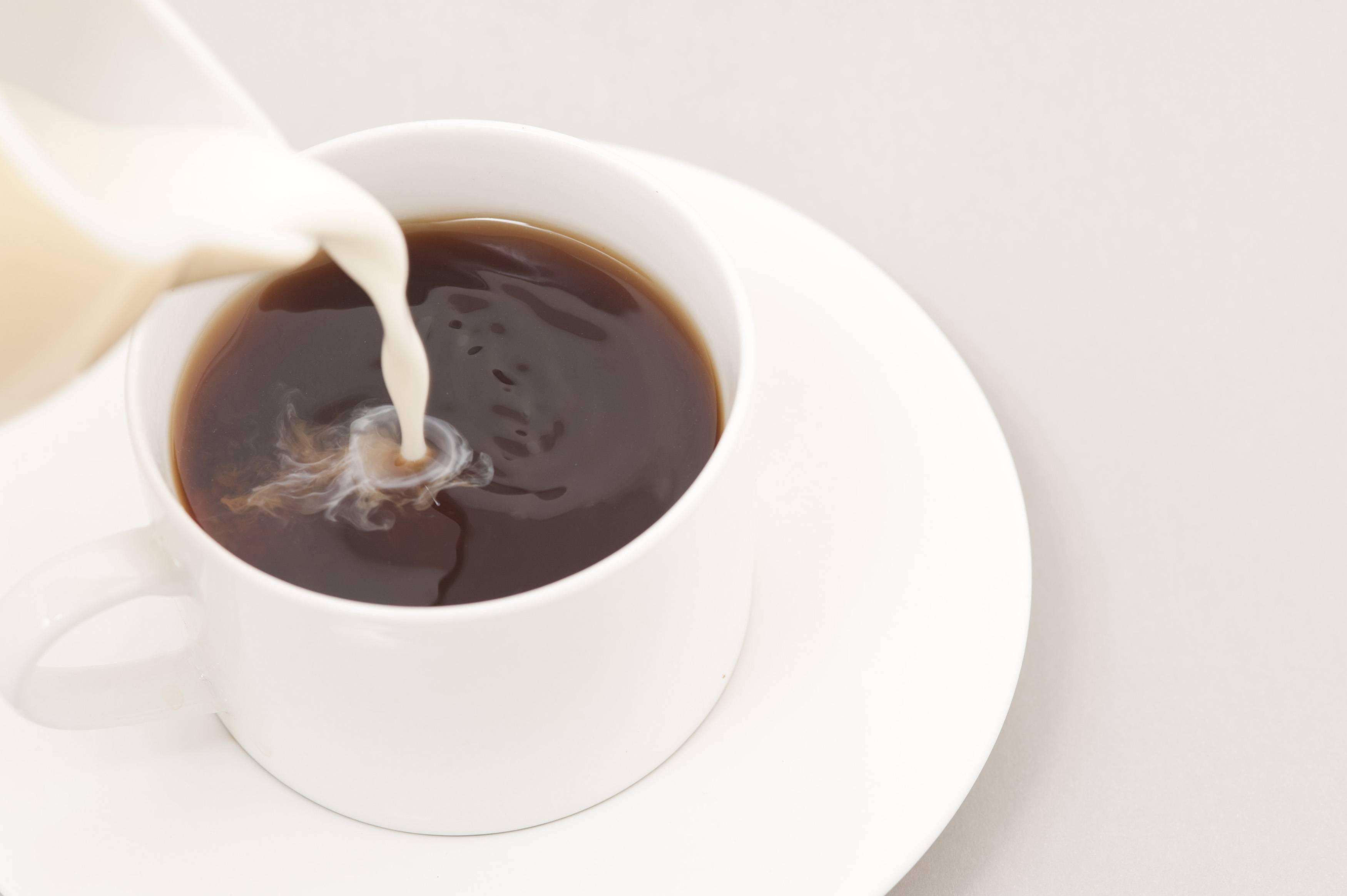 Можно ли поправиться от кофе: черного, с сахаром, с молоком, со сливками