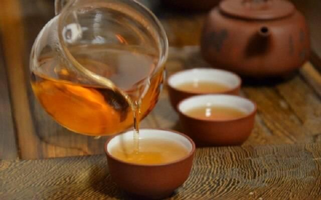 Как правильно пить чай с коньяком?
