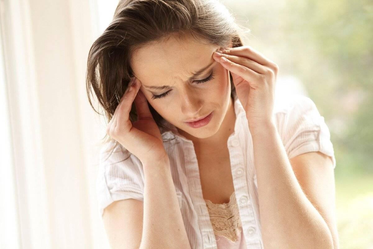 После еды кружится голова и слабость: причины почему есть сонливость