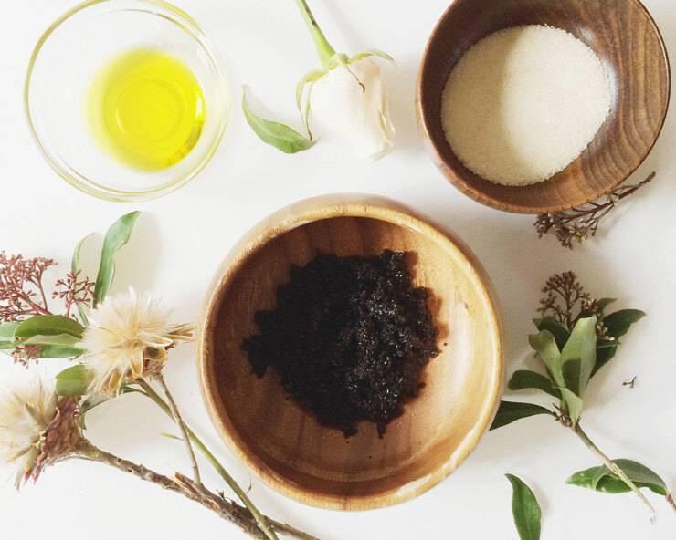 Коньяк, кофе и яйцо — маска для тонирования седых волос: рецепт в домашних условиях и отзывы | maska-volos.ru