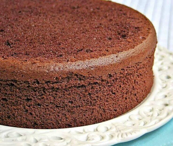 Шоколадный бисквит - 10 неимоверно вкусных фото рецептов